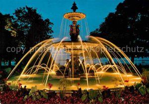 AK / Ansichtskarte Geneve GE Fontaine du Jardin Anglais de nuit Englischer Garten Springbrunnen Kat. Geneve