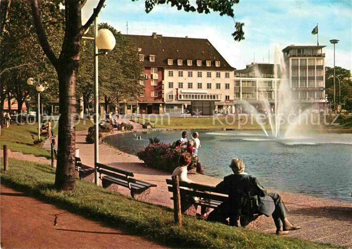 AK / Ansichtskarte Moers Koenigsee mit Blick auf koeniglichen Hof Kat. Moers