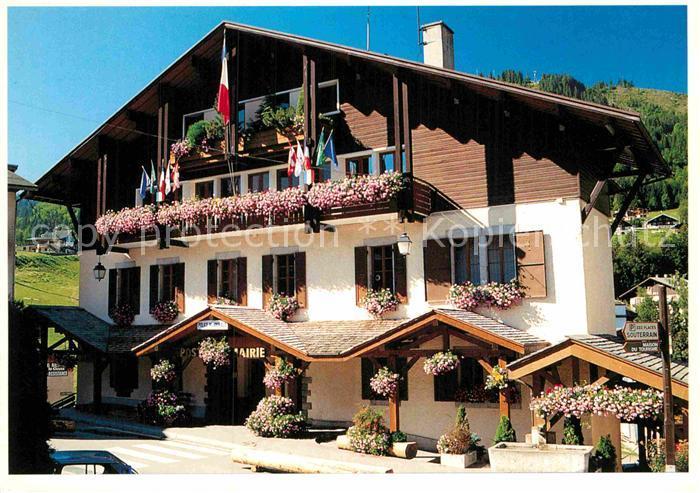 AK / Ansichtskarte La Clusaz Mairie fleurie Kat. La Clusaz