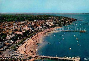 AK / Ansichtskarte Arcachon Gironde Fliegeraufnahme mit Strand Kat. Arcachon
