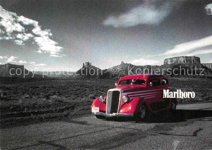 AK / Ansichtskarte Autos Werbung Zigaretten Marlboro Red  Kat. Autos