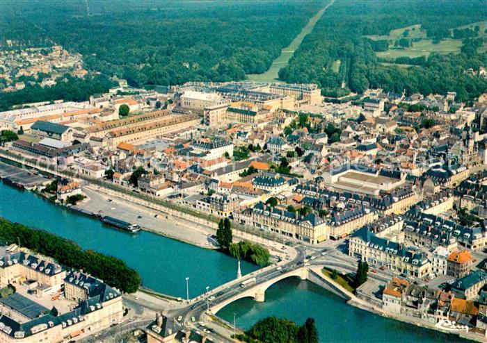 AK / Ansichtskarte Compiegne Oise Allee des Reaux Monts Kat. Compiegne