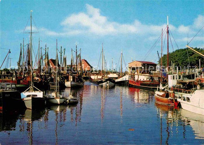 AK / Ansichtskarte Wyk Foehr Hafen Kat. Wyk auf Foehr