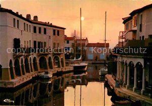 AK / Ansichtskarte Port Grimaud La Venise Varoise Coucher de soleil Kat. Grimaud