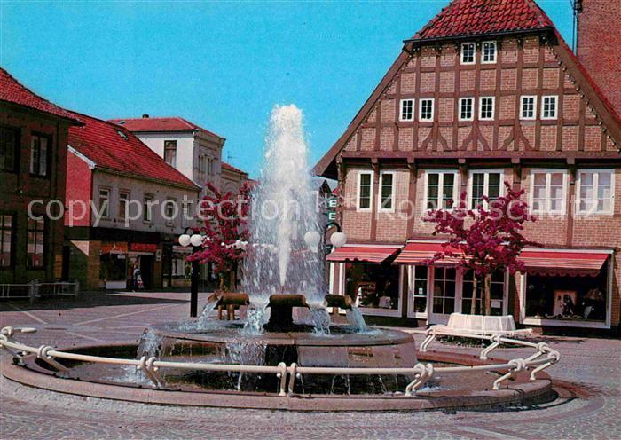 AK / Ansichtskarte Eutin Springbrunnen am Markt Kat. Eutin