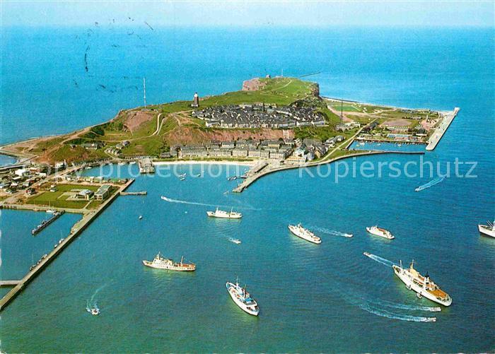 AK / Ansichtskarte Helgoland Fliegeraufnahme Seebaederschiffe auf Reede Kat. Helgoland