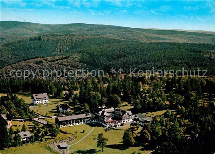 AK / Ansichtskarte Jagdhaus Sauerland Jagdhaus Wiese Hotel Pension Fliegeraufnahme Kat. Schmallenberg