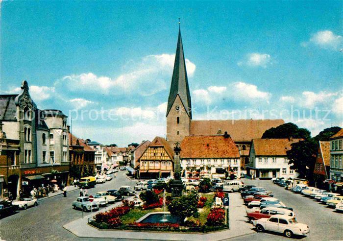 AK / Ansichtskarte Eutin Markt mit Kirche Rosentadt Kat. Eutin