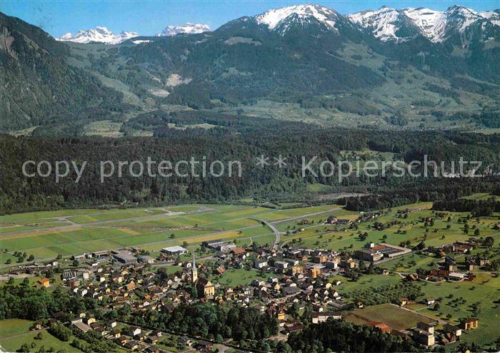 AK / Ansichtskarte Alpnach Dorf Blick gegen aecherli und Arvigrat Alpen Fliegeraufnahme Kat. Alpnach Dorf