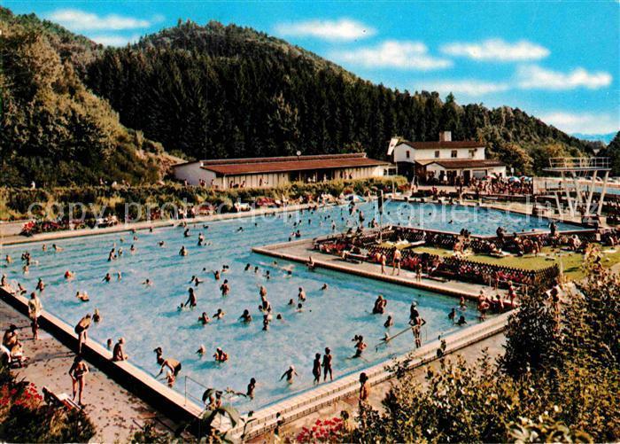AK / Ansichtskarte Lindenfels Odenwald Schwimmbad Kurort im Naturpark Bergstrasse Kat. Lindenfels
