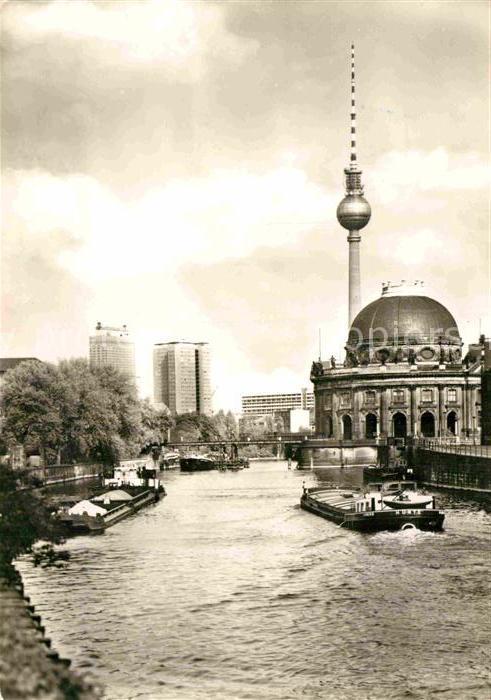 AK / Ansichtskarte Berlin Bodemuseum Fernsehturm Hauptstadt der DDR Kat. Berlin