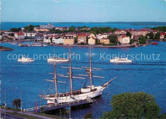 AK / Ansichtskarte Karlskrona Fliegeraufnahme Dreimaster Kat. Karlskrona