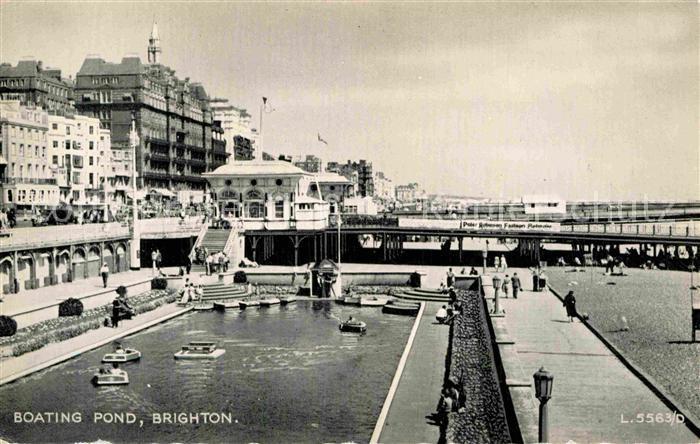 AK / Ansichtskarte Brighton East Sussex Boating Pond Kat.