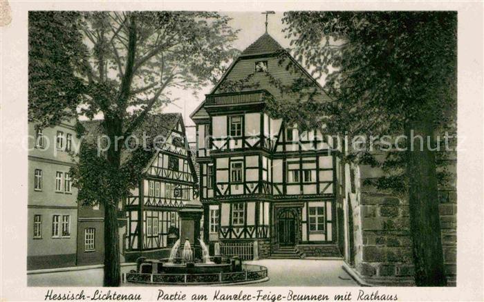 AK / Ansichtskarte Hessisch Lichtenau Partie am Kanzler Feige Brunnen mit Rathaus Fachwerkhaus Kat. Hessisch Lichtenau