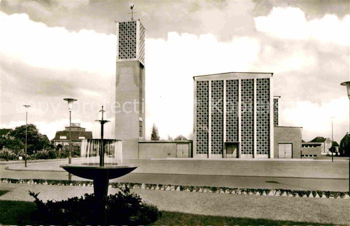 AK / Ansichtskarte Kaarst St Martinus Kirche Brunnen Kat. Kaarst 0