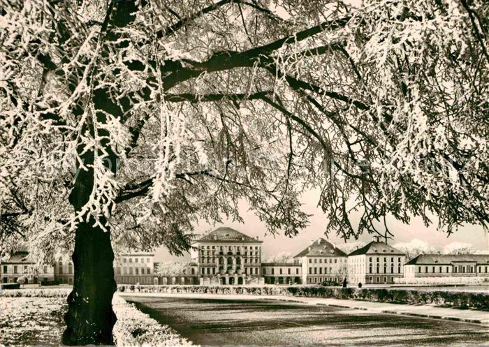 AK / Ansichtskarte Muenchen Schloss Nymphenburg im Schnee Kat. Muenchen 0