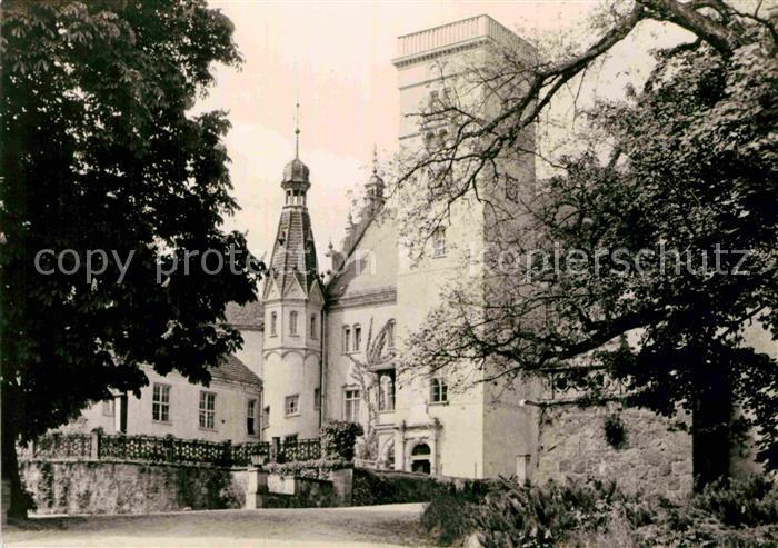 AK / Ansichtskarte Boitzenburg Erholungsheim Auffahrt zum Schlosshof Kat. Boitzenburger Land