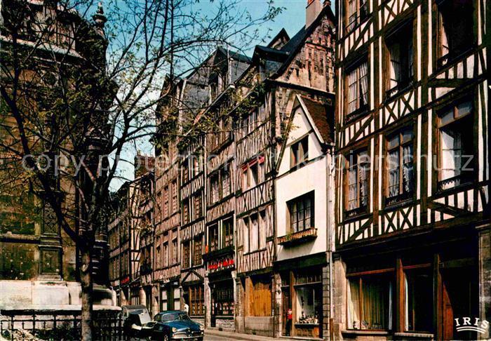 AK / Ansichtskarte Rouen Vieilles maisons vers Eglise Saint Maclou Kat. Rouen