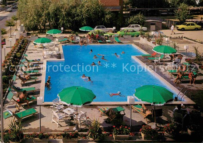 AK / Ansichtskarte Lido di Savio Hotel Palace Lido Swimming Pool Kat. Lido di Savio