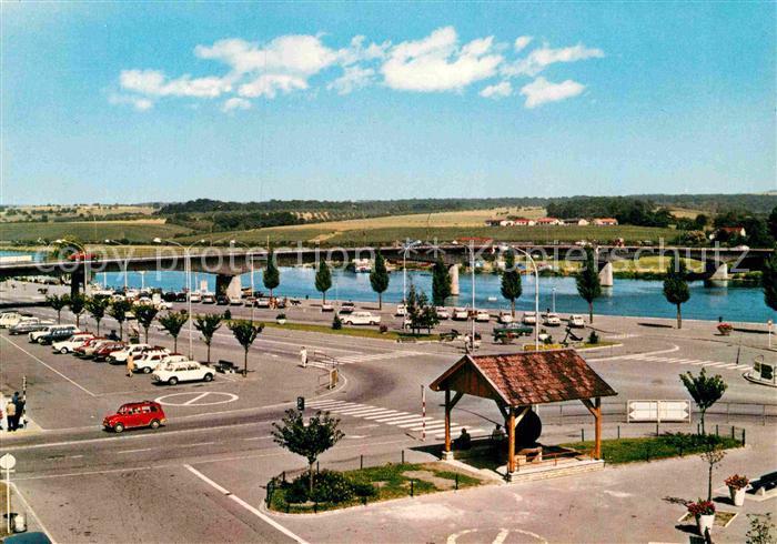 AK / Ansichtskarte Remich Esplanade et Pont sur la Moselle Kat. Luxemburg