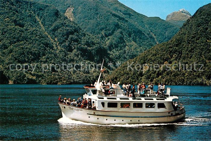 AK / Ansichtskarte Motorboote M.V. Friendship Manapouri New Zealand  Kat. Schiffe