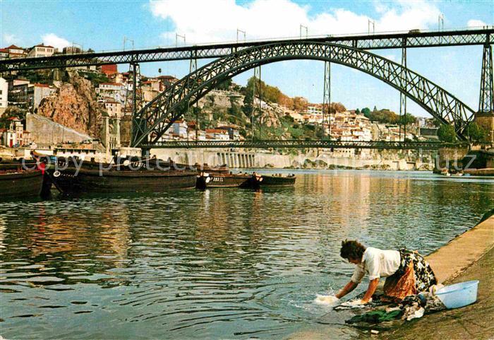 AK / Ansichtskarte Porto Portugal Ponte D Luis e rio Couro Waschfrau Kat. Porto