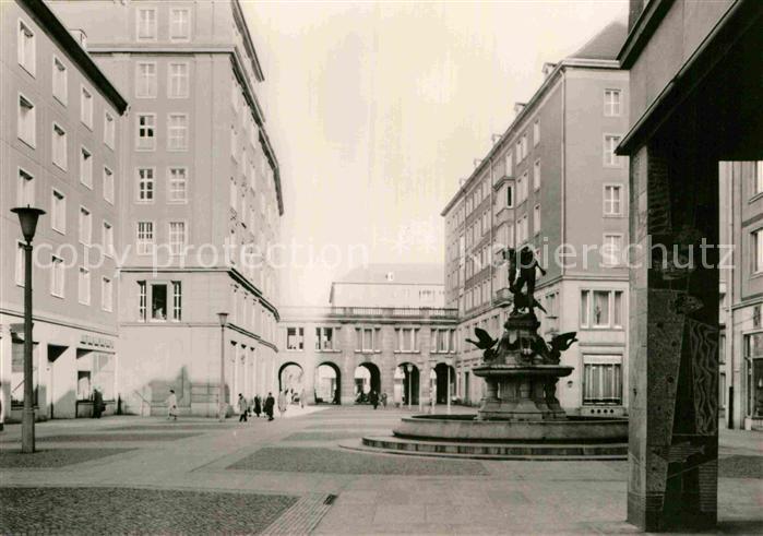 AK / Ansichtskarte Dresden Brunnen Kat. Dresden Elbe