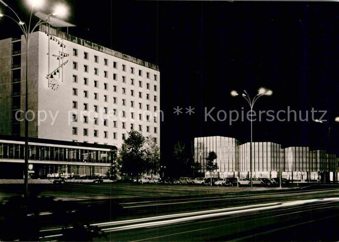 AK / Ansichtskarte Wolfsburg Rathaus und Kulturzentrum Kat. Wolfsburg