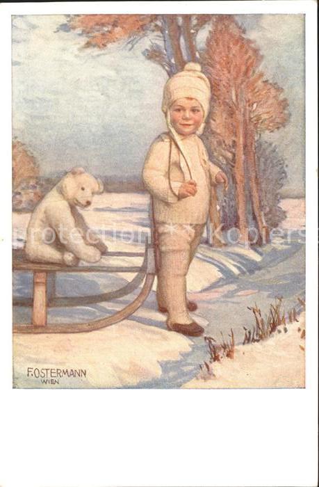 AK / Ansichtskarte Ostermann F. Nr. 528 3 Schlitten Teddybaer Kind Wintermode Kat. Kuenstlerkarte
