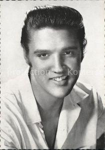 AK / Ansichtskarte Persoenlichkeiten Elvis Presley  Kat. Persoenlichkeiten
