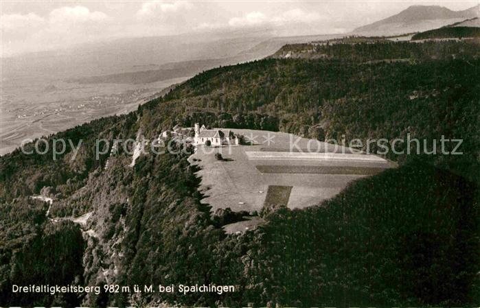 AK / Ansichtskarte Spaichingen Dreifaltigkeitsberg Berggaststaette Fliegeraufnahme Kat. Spaichingen