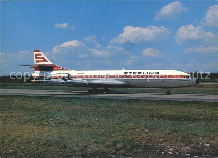 AK / Ansichtskarte Flugzeuge Zivil Sterling Airways Sud Aviation SE 210 Caravelle Kat. Airplanes Avions