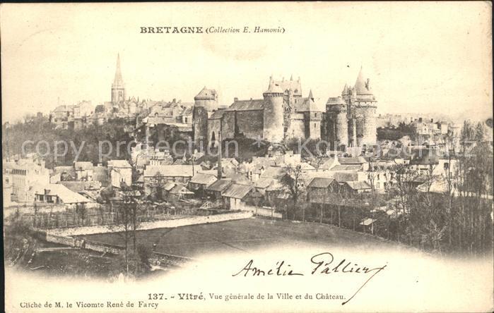 AK / Ansichtskarte Vitre d Ille et Vilaine Vue generale de la Ville et du Chateau Kat. Vitre