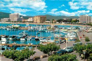 AK / Ansichtskarte Le Lavandou Vue generale du port Cote d Azur Kat. Le Lavandou