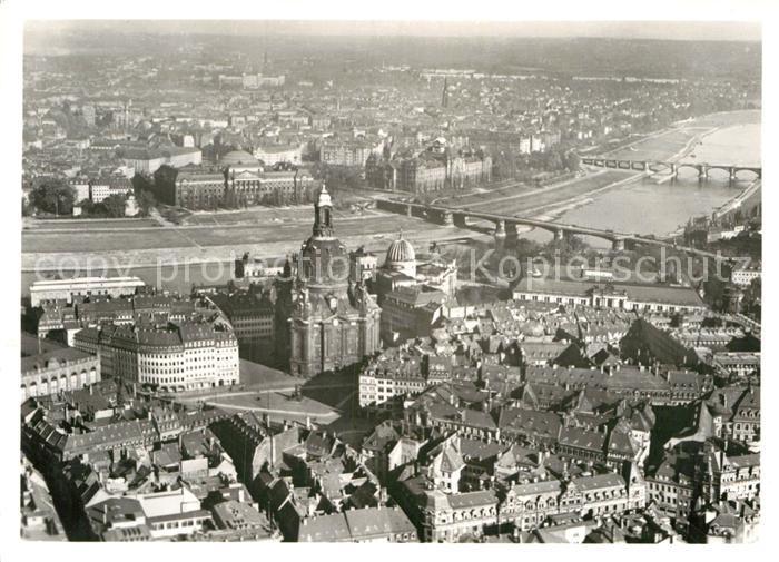 AK / Ansichtskarte Dresden Neumarkt mit Frauenkirche Fliegeraufnahme Kat. Dresden Elbe
