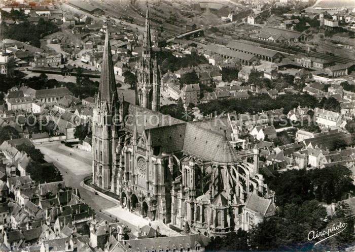 AK / Ansichtskarte Charters Towers Fliegeraufnahme Cathedrale