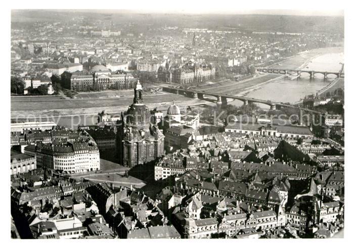 AK / Ansichtskarte Dresden Fliegeraufnahme mit Neumarkt und Frauenkirche vor der Zerstoerung Kat. Dresden Elbe