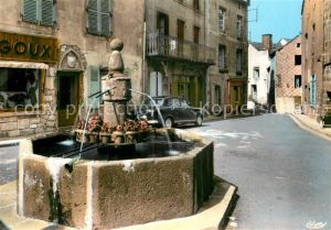 AK / Ansichtskarte Besse en Chandesse Fontaine Renaissance Rue Notre Dame