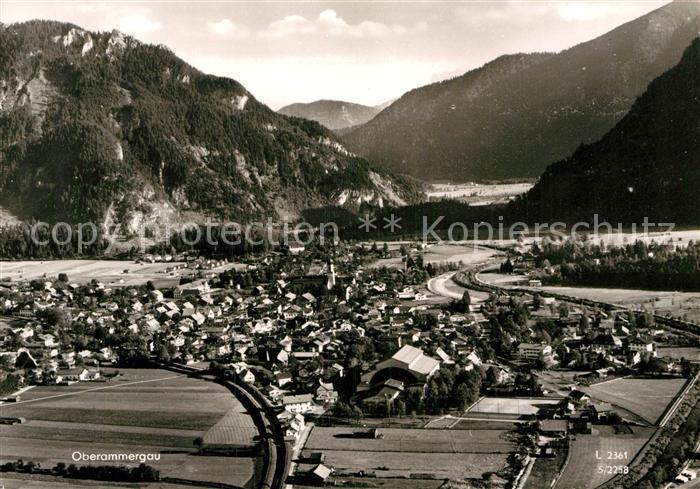 AK / Ansichtskarte Oberammergau Alpenpanorama Fliegeraufnahme Kat. Oberammergau
