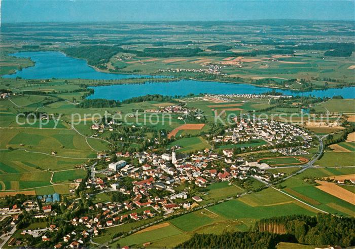 AK / Ansichtskarte Waging See und Tettenhausen Wagingersee Tachingersee Fliegeraufnahme Kat. Waging a.See
