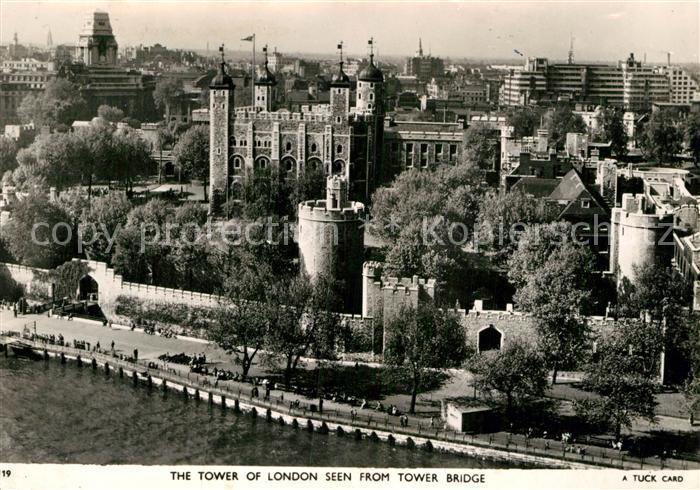 AK / Ansichtskarte London The Tower of London seen from Tower Bridge Kat. City of London