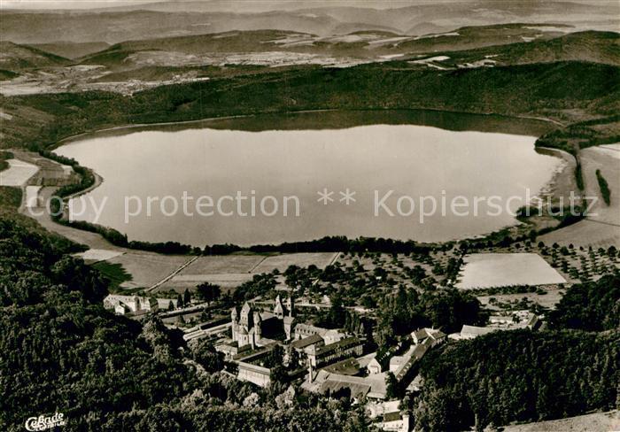AK / Ansichtskarte Maria Laach Glees Abtei Laacher See Fliegeraufnahme