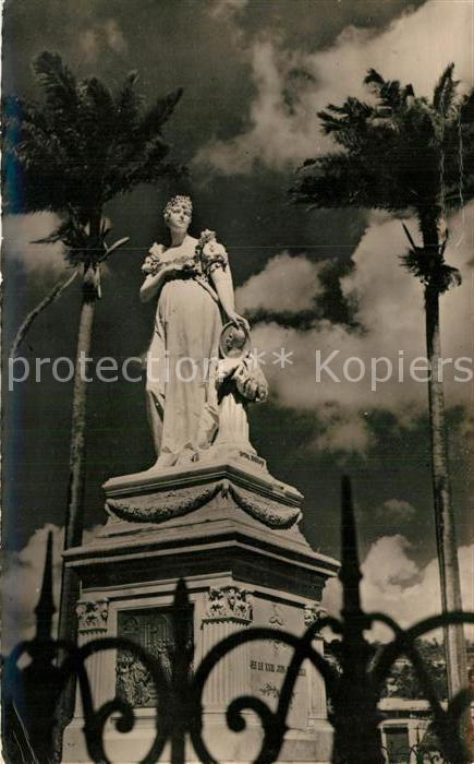 AK / Ansichtskarte Fort De France Statue de l Imperatrice Josephine Kat. Fort De France