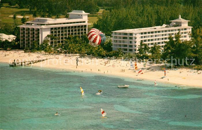 AK / Ansichtskarte Nassau Bahamas Nassau Beach Hotel on Cable Beach aerial view