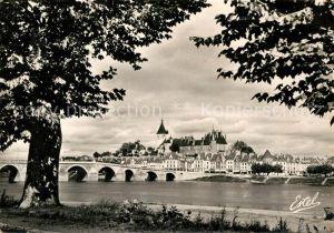 AK / Ansichtskarte Gien Vue generale prise des Bords de la Loire Pont Kat. Gien