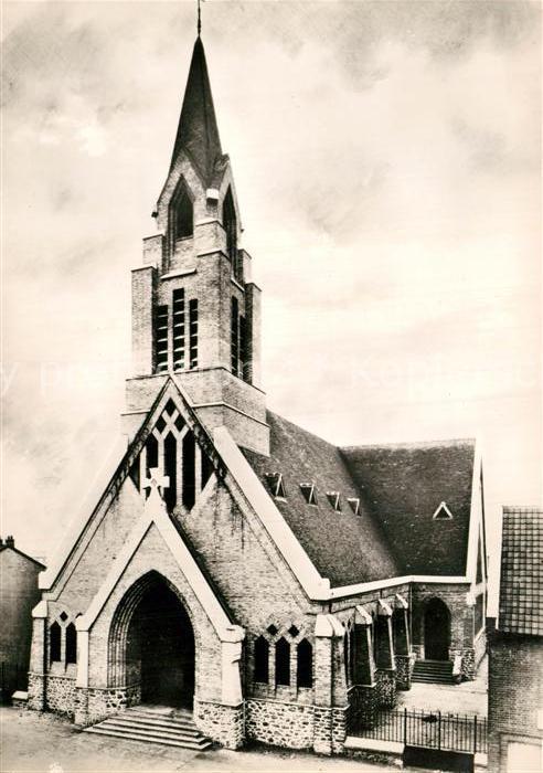 AK / Ansichtskarte La Courneuve Eglise Saint Yves des Quatre Routes Kat. La Courneuve