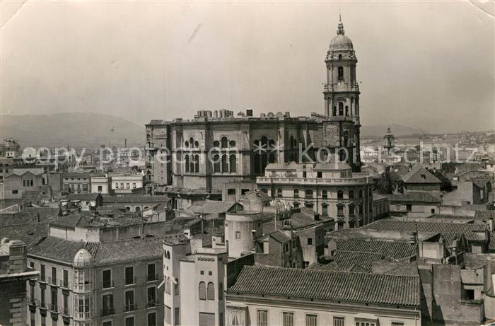 AK / Ansichtskarte Malaga Andalucia Catedral y vista parcial Kat. Malaga