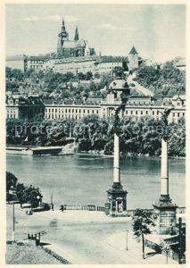 AK / Ansichtskarte Prag Prahy Prague Die Moldau mit Burg Kat. Praha