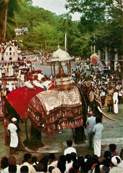 AK / Ansichtskarte Sri Lanka Procession mit Elefanten Kat. Sri Lanka