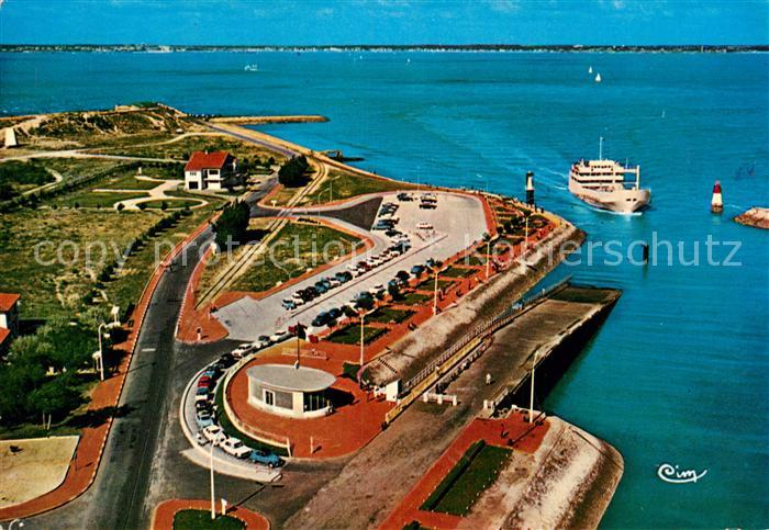 AK / Ansichtskarte Pointe de Grave La Gare Maritime du Bac vue aerienne Kat. Saint Laurent Medoc